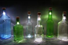 Imobiliaria Anderson Martins : Rolha com LED transforma garrafas em luminárias