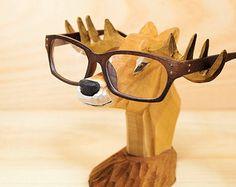 Wooden animal-Deer Glasses Holder for Men - Carved Wood - Wooden Nose - sunglasses holder - glasses stand - sunglasses stand - Forest deer Carved Wooden Animals, Handmade Wood Furniture, Red Geraniums, Wood Animal, Eyeglass Holder, Pottery Sculpture, Glass Holders, Sunglasses Holder, Wooden Puzzles