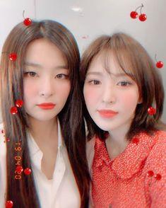 Check out Black Velvet @ Iomoio Wendy Red Velvet, Red Velvet Joy, Red Velvet Seulgi, Black Velvet, South Korean Girls, Korean Girl Groups, Red Velvet Photoshoot, Red Velet, Star Girl
