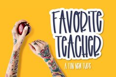 Favorite Teacher - A Fun Marker Font Justina Tracy Regular Cool Fonts, New Fonts, Awesome Fonts, Typography Fonts, Hand Lettering, Script Fonts, Teacher Fonts, Fancy Hands, Retro Font