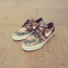 Love my Nike SBs! #stephan #janoski #digi-camo #floral