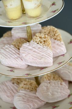 Wedding Ideas ❤❤ 53 Best Ideas For Wedding Colors Blush Bridal Shower Wedding Invitations Without Br Bridal Shower Treats, Blush Bridal Showers, Bridal Shower Desserts, Bridal Shower Cakes, Wedding Desserts, Wedding Cakes, Bridal Shower Pictures, Krispie Treats, Wedding Colors
