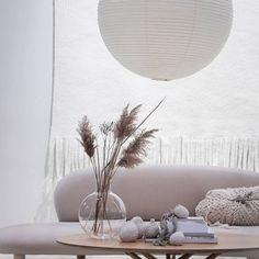 60+ Modern Living Room Decor Ideas - Neutral modern livingroom