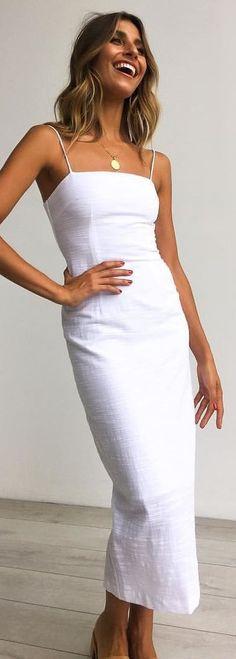 #winter #outfits The DELANA DRESS Just Arrived Online In White & Black! Shop New Arrivals Now At Www.petalandpup.com.au #petalandpup ✨