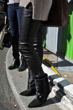 Paris Fashion Week #StreetStyle #Fashion #PFW #ParisFashionWeek #Shoes #Boots #IsabelMarant