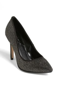 Fierce party shoes for the bride!