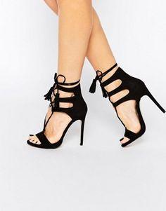 Туфли на каблуке со шнуровкой New Look