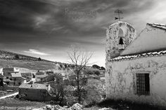 Santa Ana de la Sierra (Alcadozo Albacete Spain). - Music (Open link in new tab) / Música (abrir en nueva pestaña): Clannad - A Gentle Place. A view of the village of Santa Ana de la Sierra (Alcadozo Albacete Spain) from the top of the hill where Saint Anne Grandmother's Chapel is located. I found very interesting the way this chapel seems to be watching and protecting the village thus acquiring a certain personification in the composition. My Facebook Page -Español: Una vista de la…