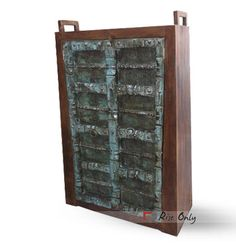 Handmade Wooden Reproduction Old Door Almirah @riseonly Please contact us to get our ready stock price offer. http://www.riseonly.com/products/antique-reproduction-furniture/almirah-1/wooden-reproduction-old-door-almirah Dimensions:  107x44x180 CBM:   0.886 Colour:   Wooden Brown Material Used :   Teak Wood #olddoor #almirah #wardrobe #india #jodhpurfurniture #rustic #vintagestyle #bedroomfurniture