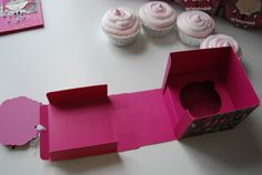 Created by Missie: Teacher gifts 2011 Cupcake Boxes, Box Cake, Diy And Crafts, Paper Crafts, Diy Box, Gift Packaging, Teacher Gifts, Origami, Diy Gifts