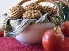 Everyday Art: Applesauce Oatmeal Muffins