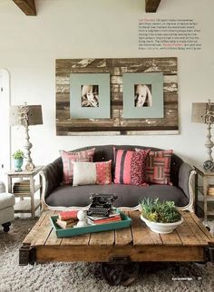 decoracao de interior: Design Moderno Para Casas na Montanha Love the wall decor and the table very small house pictures Home Decor Brick ba. Pallet Crafts, Pallet Ideas, Diy Pallet, Pallet Wood, Pallet Projects, Wood Pallets, Pallet Boards, Fence Boards, Wood Boards