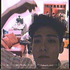 Best Couple Pictures, Jungkook Songs, Big Bang Kpop, Top Choi Seung Hyun, Gd And Top, Vip Bigbang, Bigbang G Dragon, Cute Lesbian Couples, Bts Funny Videos
