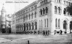 Postal de Oviedo. Banco de España. (...)