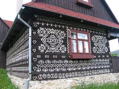 The Goulash Train - A Central and Eastern Europe Travel Guide: Beautiful Towns # 9 - Čičmany, Slovakia Natural Architecture, Vernacular Architecture, Central And Eastern Europe, Europe Travel Guide, Handmade Home, Traditional House, House Painting, Czech Republic, Mother Earth