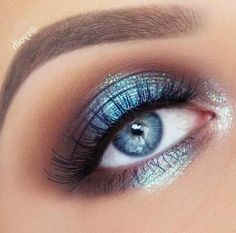 30 Most Sexy And Gorgeous Blue Eye Makeup For Prom And Wedding - Eye Makeup ✿✿ 𝕾𝖊𝖝𝖞 𝕰𝖞𝖊 . - 30 Most Sexy And Gorgeous Blue Eye Makeup For Prom And Wedding – Eye Makeup ✿✿ 𝕾𝖊𝖝𝖞 𝕰𝖞𝖊 𝕸𝖆𝖐𝖊𝖚𝖕 ✿✿ ✿ ✿ ✿ ✿ - Prom Eye Makeup, Sexy Eye Makeup, Wedding Eye Makeup, Hazel Eye Makeup, Eye Makeup Brushes, Simple Eye Makeup, Clown Makeup, Eye Makeup Remover, Blue Eye Makeup