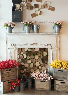 Springtime at Magnolia Market at the Silos | Magnolia Silos Display | Be ever blooming