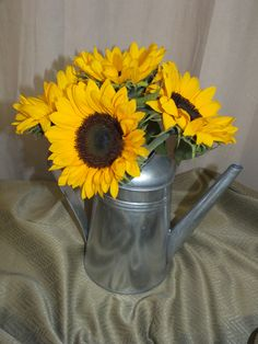 Sunflower Arrangement, However I'd like the Wateringcan to look more used/ older