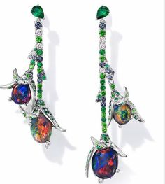 TASAKI continues to evolve with pearls and diamonds as its two major elements. Jewellery full of quality, creativity and craftsmanship. Garnet Earrings, Opal Earrings, Sterling Silver Earrings, Ritz Paris, Candy Jewelry, High Jewelry, Jewellery, Black Opal, Beautiful Earrings