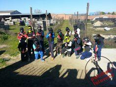 Nos lo pasamos en grande con este buen grupo de niños. ¡Gracias a todos los pequeños amigos de Paintball Talavera!