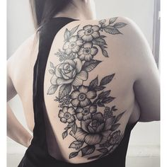 tattoos for women flowers Feminine Back Tattoos, Side Back Tattoos, Floral Back Tattoos, Rib Tattoos For Women, Flower Tattoo Back, Back Tattoo Women, Flower Tattoos, Tribal Tattoos, Body Art Tattoos