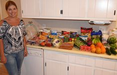 She shows how to eat clean, shop & prep your food for the week and save a lot of $$$