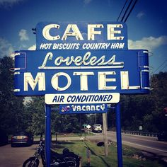 The best biscuits in town! // Loveless Cafe, Nashville