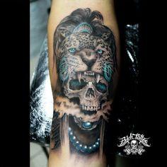 Tattoo Guerrero Jaguar por Héctor León para Bich Tattoo