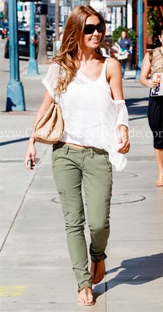 Audrina Patridge Style and Fashion - Lucky Brand Flight Skinny Cargo Pants in Dark Military - Celebrity Style Guide