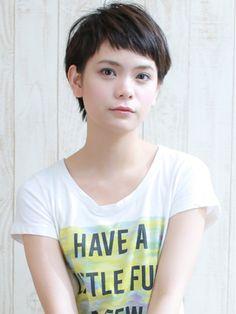 【Luxy】 egerie//short 黒髪シンプル可愛いベリーショート