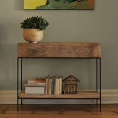Industrial Storage Console Lovely console from West Elm - never thought that such a gracile frame could carry shelves! - Tolle Konsole von West Elm - dachte eigentlich, dass so ein graziler Metallrahmen keine Regalbretter tragen kann. Entryway Console Table, Rustic Entryway, Entryway Decor, Console Tables, Dining Tables, West Elm Console, Sideboard, Car Console, Rustic Wood