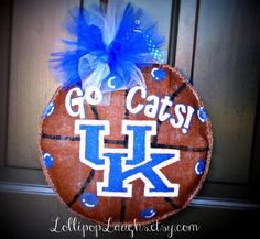 Kentucky Wildcats Door Hanger Wreath by LollipopLaughs on Etsy, $20.00