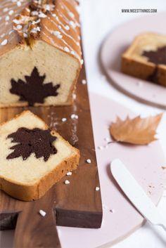 Apple Cinnamon Cake with Hidden Leaf Shape Recipe and Tutorial