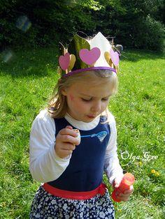 """Поделки своими руками. Короны на день рождения """"Принцессы"""""""