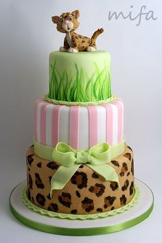 Baby Jaguar Cake -I think this would be super adorable for a girl baby shower Zoo Cake, Jungle Cake, Cupcakes, Cupcake Cakes, Leopard Cake, Baby Leopard, Cake Pops, Animal Cakes, Fancy Cakes