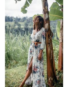 Annisa White Floral Maxi Dress
