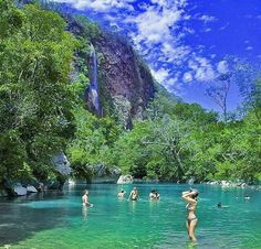 Bonito, no Mato Grosso do Sul! Beautiful Places To Visit, Oh The Places You'll Go, Wonderful Places, Brazil Beaches, Brazil Carnival, Brazil Travel, Largest Countries, Travel And Leisure, Wonders Of The World