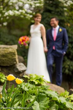 Colorful NYC May wedding with tulips at The Linden Terrace at Fort Tryon Park and New Leaf Restaurant © Sarah Tew Photography, work from: @newleafnyc
