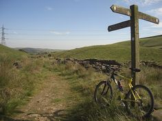 10 Beautiful UK Bridleway Routes | Total Women'... Off Road Cycling, Women's Cycling, Cycling Holiday, Holiday Day, Mountain Bike Trails, Days Out, Mtb, Offroad, Bicycle
