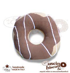 Cuscino Biscotto - Ciambella Glassata / Donuts Marrone1 (Fatto a mano in Italia)