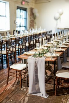 65 Ideas wedding table grey white candles for 2019 Grey Dinner Plates, White Plates, Wedding Table Linens, Wedding Table Settings, Wedding Napkins, Wedding Favours Magnets, White Candles, Taper Candles, Fort Worth Wedding