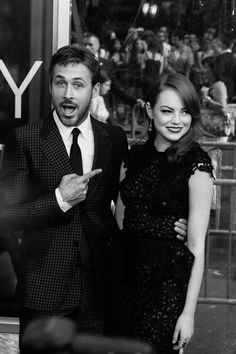 "Ryan Gosling and Emma Stone Photos: The World Premiere of  ""Crazy Stupid Love"" at the Ziegfeld Theatre"