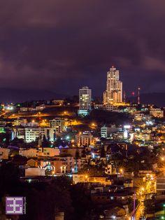 Tegucigalpa, un lugar de ensueño espera por ti. Ven con nosotros.