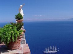 Capri, Italy. Browse our vacation villas, book now and get your 10% Pinterest discount!
