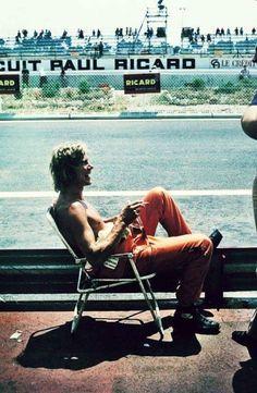 "fabforgottennobility: "" motorsportsarchives: "" James Hunt - Paul Ricard "" That's the Way "" James Hunt, F1 Racing, Racing Team, Road Racing, Grand Prix, Hans Joachim Stuck, Ferrari, Automobile, Vintage Racing"