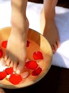 Peppermint Foot Soak - DIY: Pamper those tired toes.