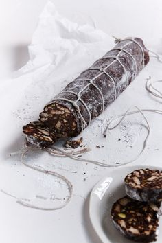 Chocolate Salami: I've encountered quite a few versions of chocolate salame in Italy – coming to the conclusion that it's really an Italian version of our chocolate refrigerator cake – and although I am not normally a huge fan of the culinary pun, this do Chocolate Log, Chocolate Hazelnut, Chocolate Covered, Chocolate Salami Recipe, Chocolate Cookies, Nigella Lawson, Dessert Party, Refrigerator Cake, Fridge Cake
