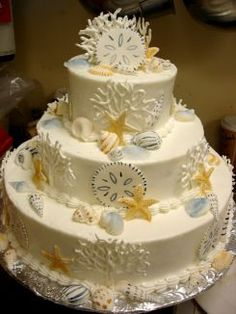 Beach wedding cake - The Main Incredient