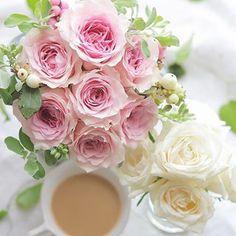 Have a lovely weekend . バラと紅茶で心癒されるひとときを素敵な週末になりますように . . . #tea #teatime #tealovers #flowers #roses #バラ #dspink #underthefloralspell #teaandseasons #floweroftheday #momentsofmine  #flowerstagram #instablooms #9vaga_shabbysoft9 #petalsandprops #still_life_gallery #tv_living  #prettiestpastels #tv_stilllife #naughtyteas #pinkwhitepastels #instagramjapan #inspiredbypetals #justbefloral #紅茶 #紅茶のある暮らし #ばら #花のある暮らし #ティータイム