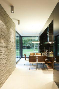 Luxury Living Rooms Tumblr: techo de madera y pared con ...